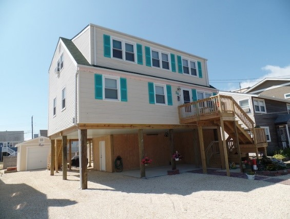 House Lifting along the New Jersey Coastline